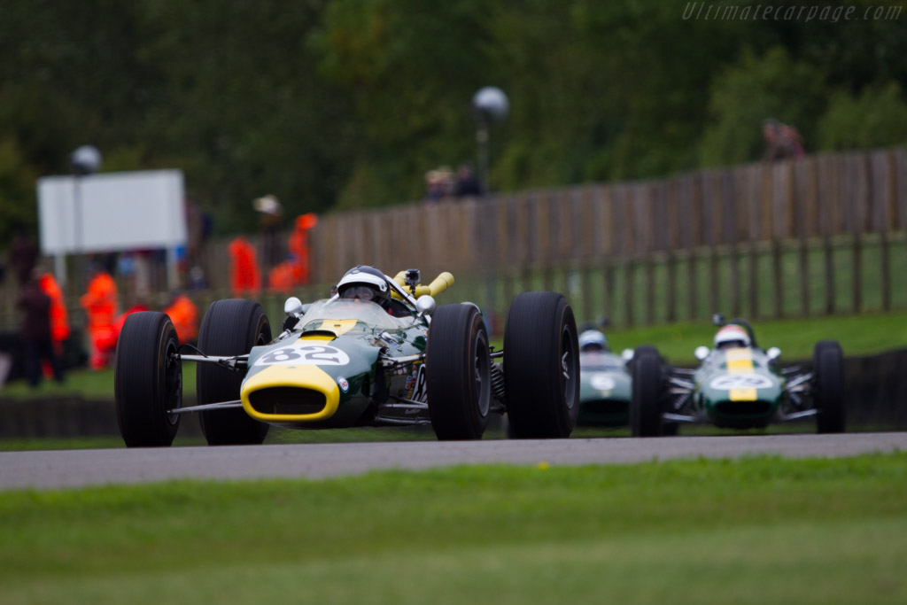 Lotus 38 Ford - Chassis: 38/1 - Entrant: The Henry Ford Museum - Driver: Dario Franchitti  - 2013 Goodwood Revival