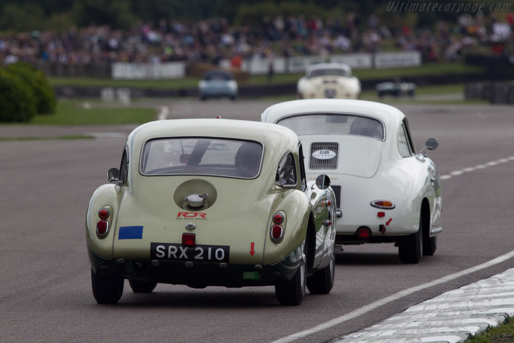 MGA Twin Cam Le Mans - Chassis: YD3-627S - Entrant: Stephen Dixon - Driver: Rae Davis  - 2013 Goodwood Revival