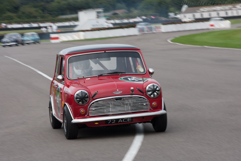 Mini Cooper S - Chassis: C-A2S7-381372 - Entrant: Andrew Higginson - Driver: Desmond Smail  - 2013 Goodwood Revival