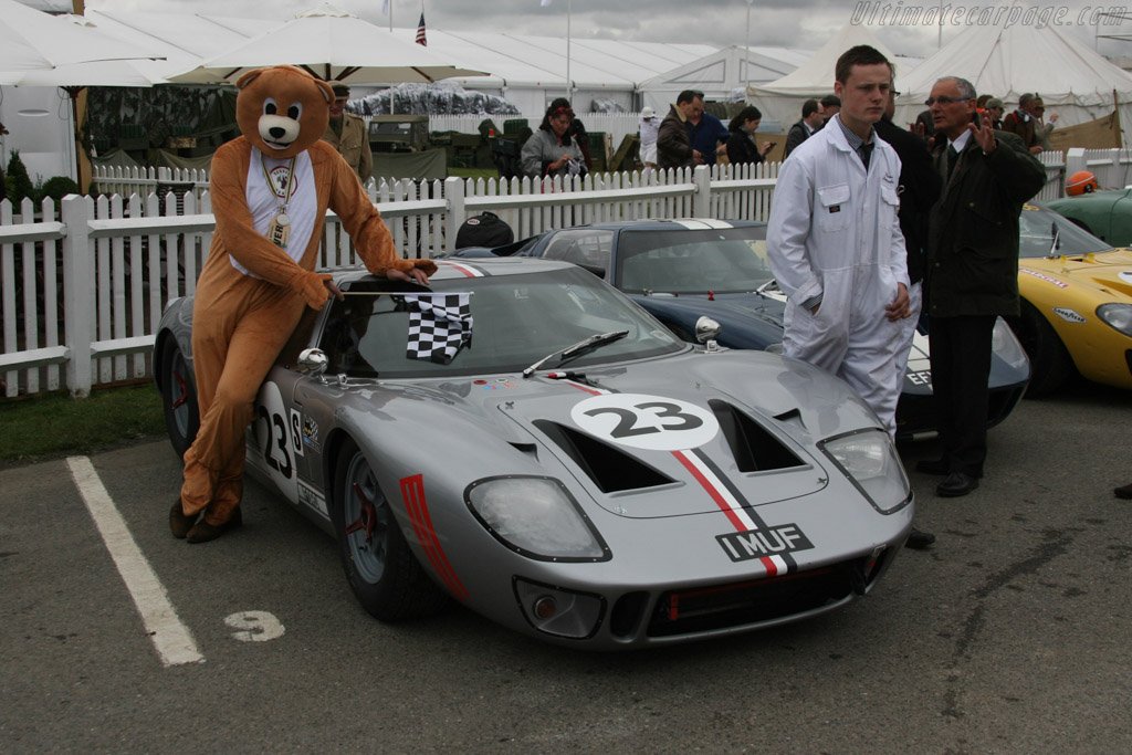 Scuderia Bear    - 2013 Goodwood Revival