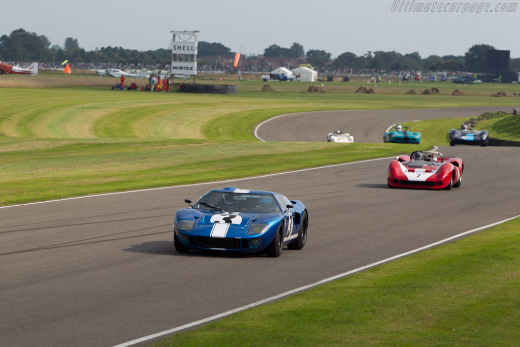 Ford GT40 - Chassis: GT40P/1062 - Entrant: Racing Team Holland - Driver: Hans Hugenholtz  - 2014 Goodwood Revival