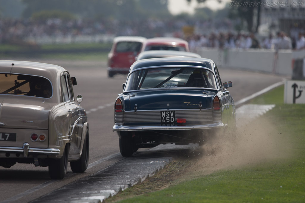 Ford Zodiac MkII  - Entrant: Kerry Michael - Driver: Mark Blundell  - 2014 Goodwood Revival