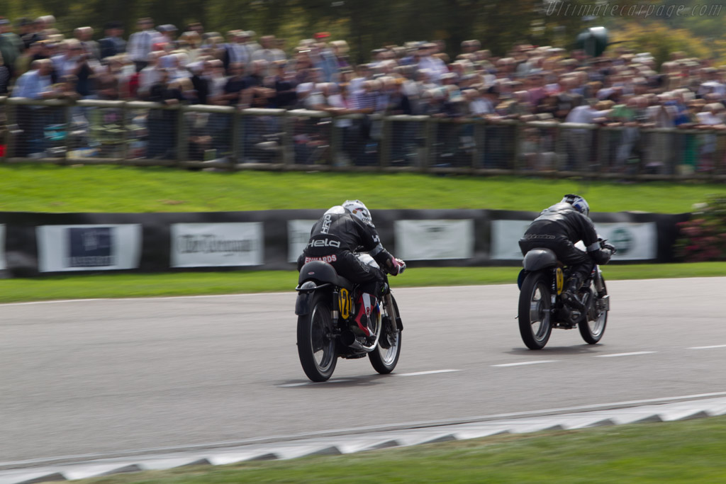 Norton Manx  - Entrant: Ian Garbutt - Driver: Mike Edwards  - 2014 Goodwood Revival