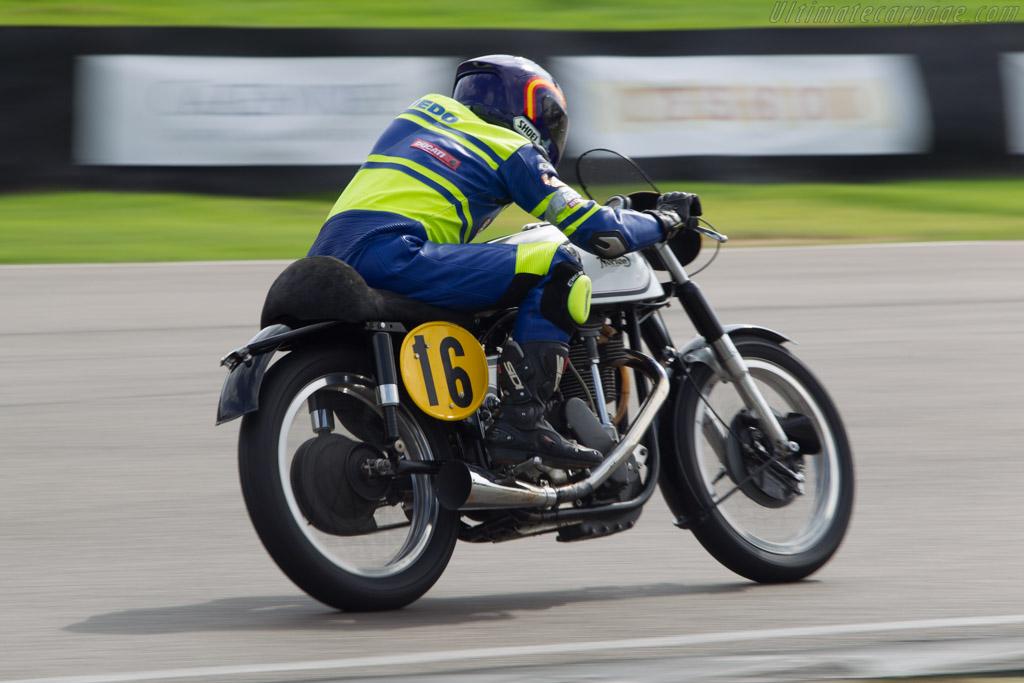 Norton Manx  - Driver: Joaquin Folch-Rossinol Jr / A Tejedo  - 2014 Goodwood Revival
