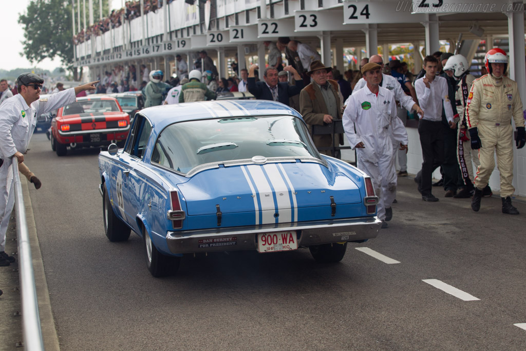 Plymouth Barracuda  - Driver: Duncan Pittaway / Justin Bell  - 2014 Goodwood Revival
