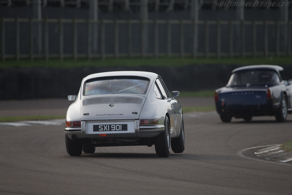 Porsche 901 - Chassis: 300241 - Entrant: Kevin Morfett - Driver: Andrew Smith  - 2014 Goodwood Revival