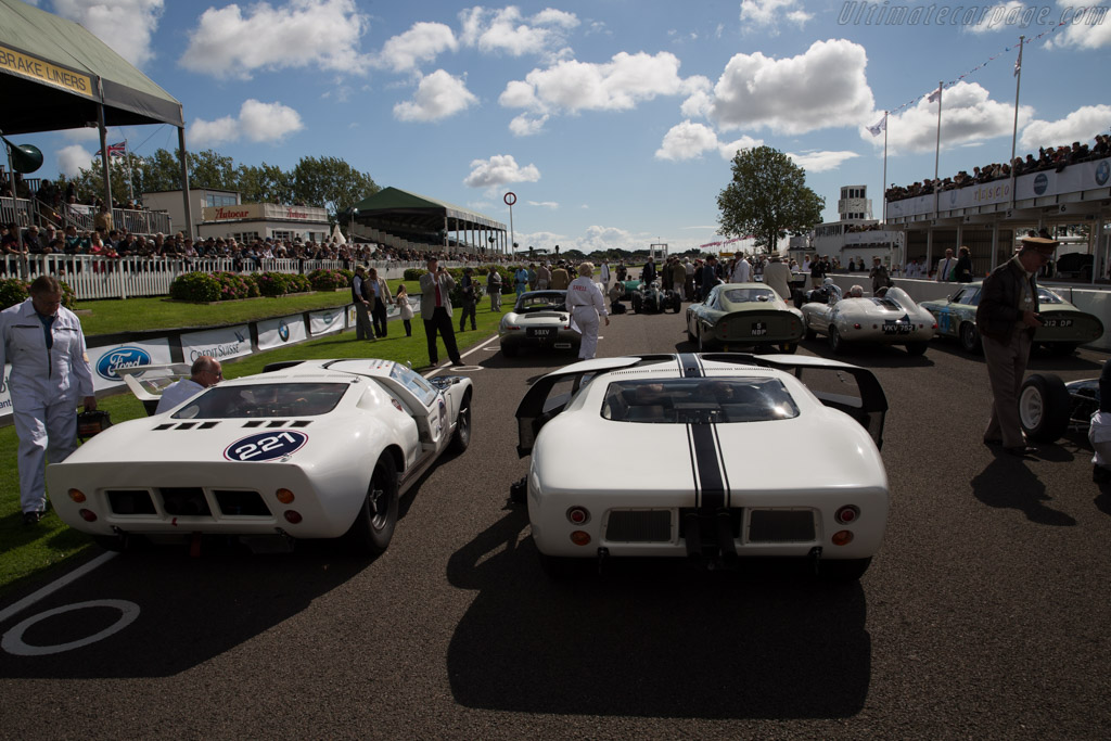 Ford GT - Chassis: GT/101R - Driver: Claude Nahum  - 2015 Goodwood Revival