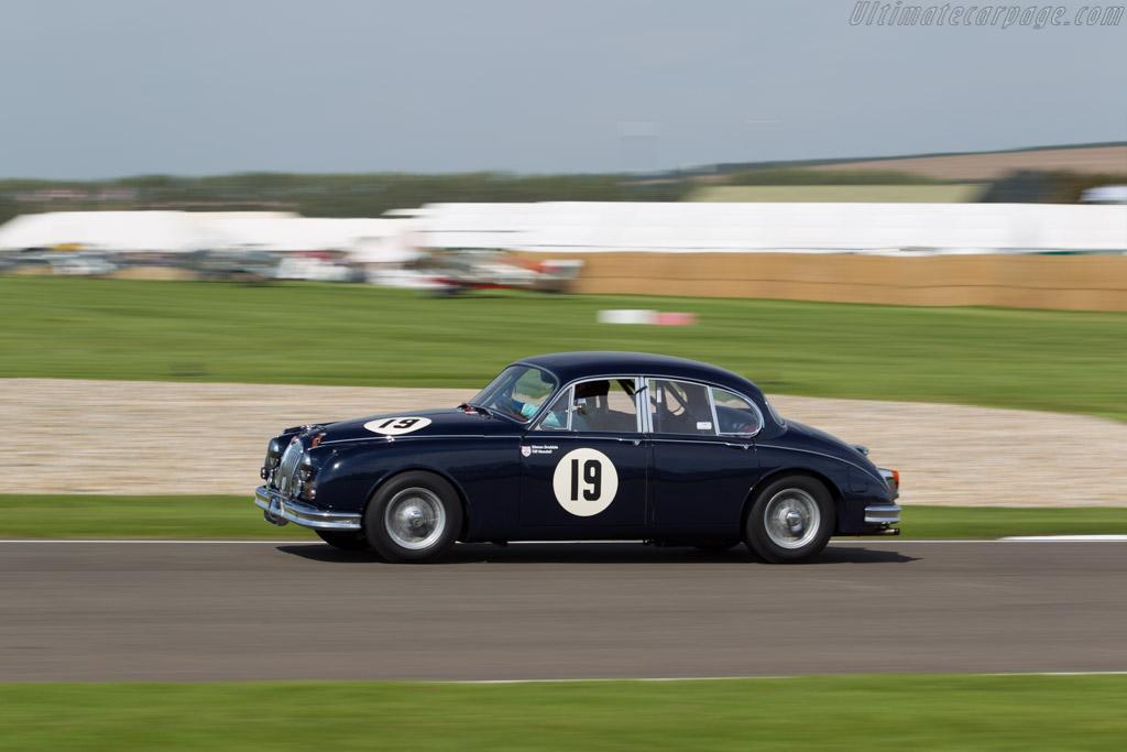 Jaguar Mk2 - Chassis: 231544DN - Entrant: Simon Drabble - Driver: Tiff Needell  - 2015 Goodwood Revival