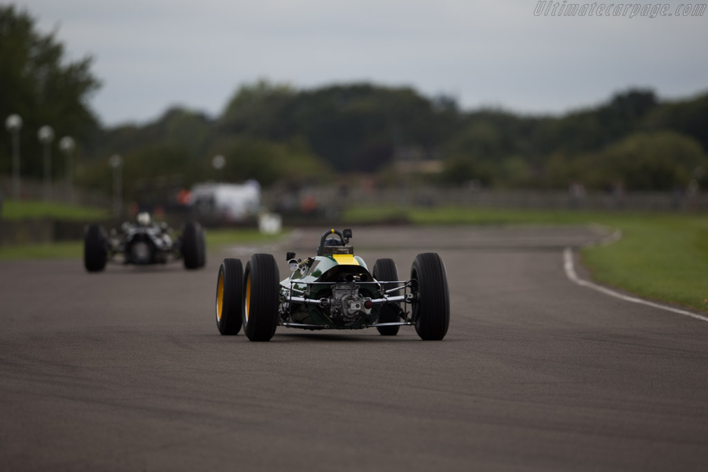 Lotus 25 Climax - Chassis: R3 - Entrant: Classic Team Lotus - Driver: Dario Franchitti  - 2015 Goodwood Revival