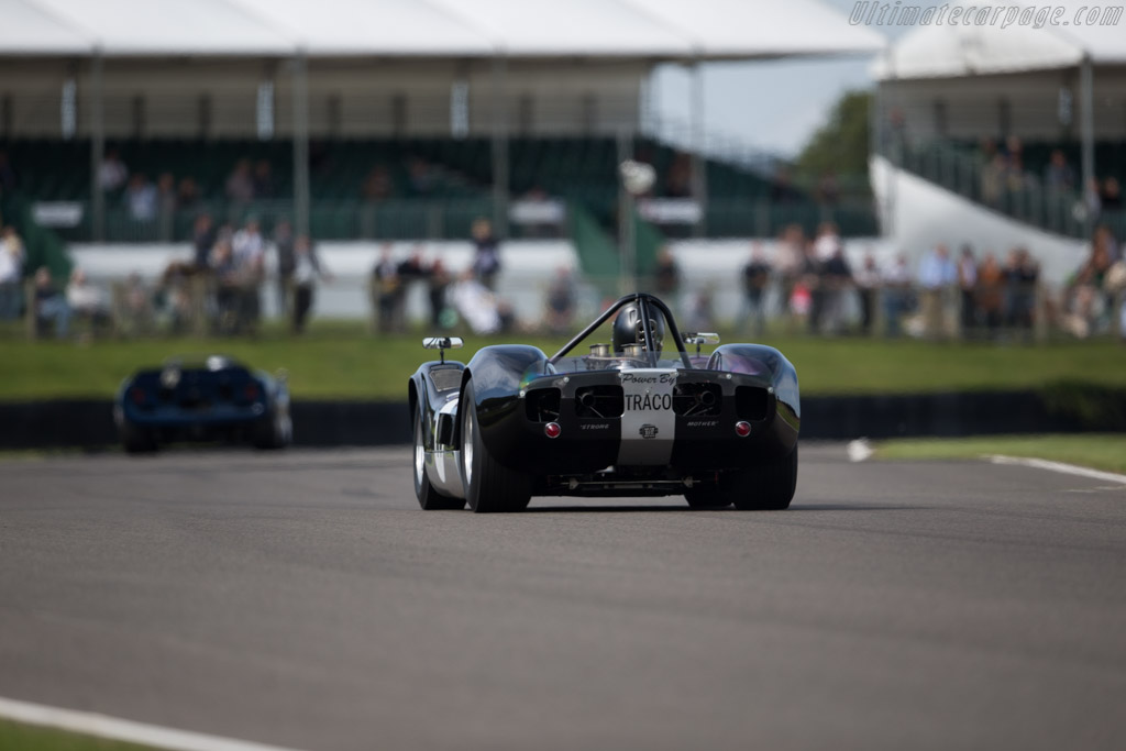 McLaren M1A Chevrolet - Chassis: 20-15 - Driver: John Bladon  - 2015 Goodwood Revival