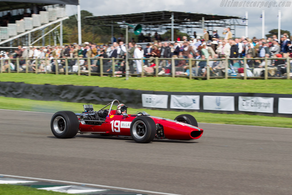 McLaren M5A BRM - Chassis: M5A/1 - Entrant: John Stafford - Driver: Jackie Stewart  - 2015 Goodwood Revival