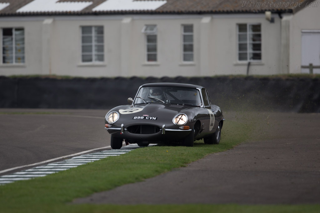 Jaguar E-Type Coupe - Chassis: 869778 - Driver: Phil Keen / Oliver Bryant  - 2016 Goodwood Revival