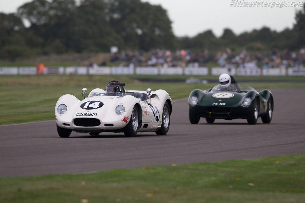 Lister Knobbly Chevrolet - Chassis: BHL 110 - Driver: Roberto Giordanelli  - 2016 Goodwood Revival