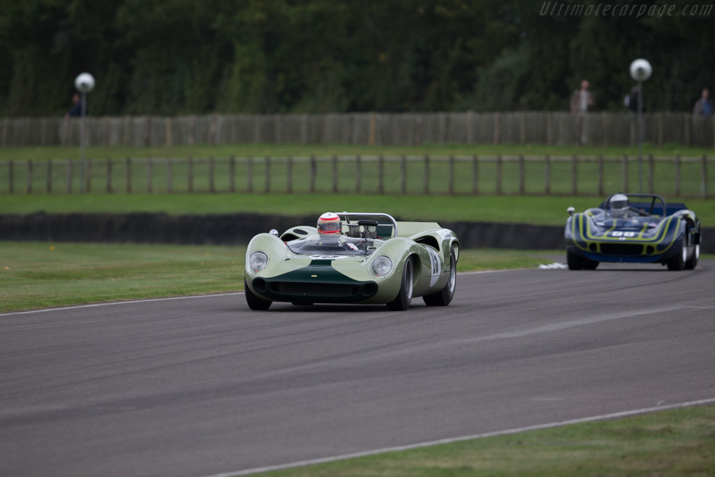 Lola T70 Spyder - Chassis: SL70/7 - Driver: Marc Devis  - 2016 Goodwood Revival