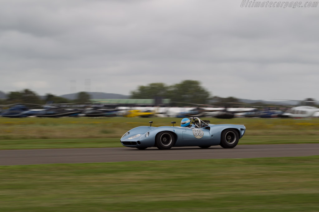 Lola T70 Spyder - Chassis: SL71/35 - Driver: Anthony Galliers-Pratt  - 2016 Goodwood Revival