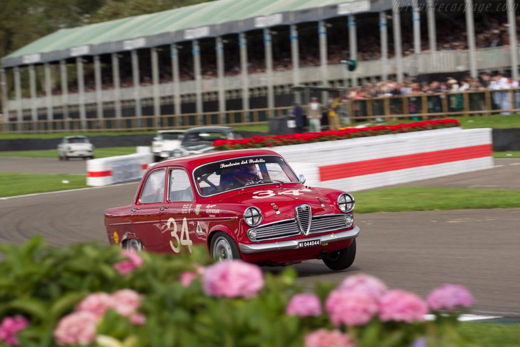 Alfa Romeo Giulietta TI - Chassis: AR227222 - Entrant: Geoff Gordon - Driver: Steve Soper  - 2017 Goodwood Revival