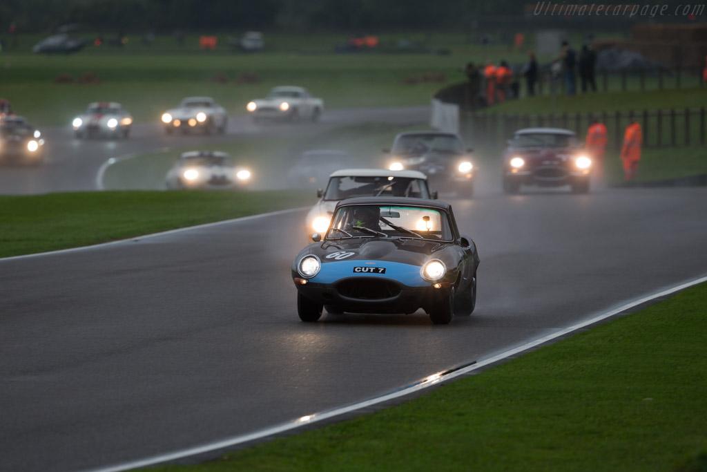 Jaguar E-Type FHC - Chassis: 860004 - Entrant: Richard Meins - Driver: Richard Meins / Rob Huff  - 2017 Goodwood Revival