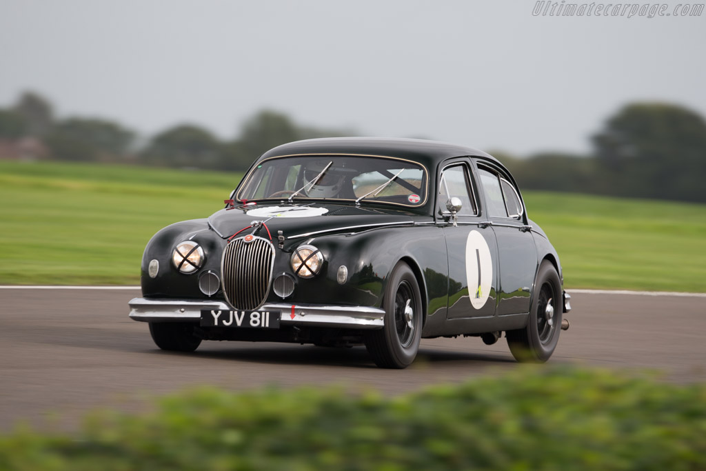 Jaguar Mk1  - Entrant: Guy Harman - Driver: Charles Settrington  - 2017 Goodwood Revival