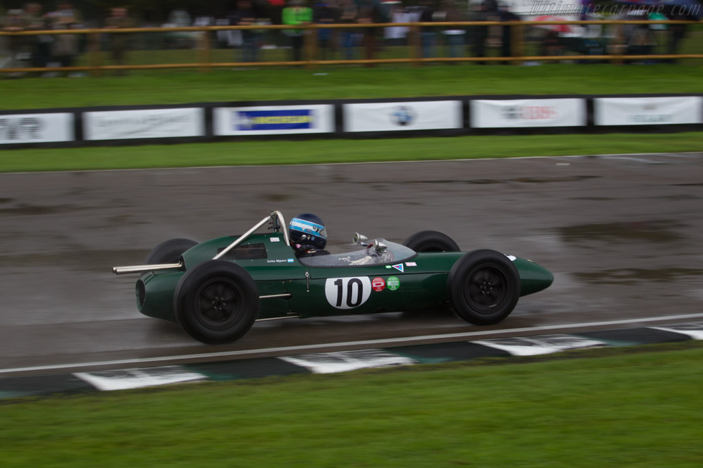 Lotus 24 Climax - Chassis: 947 - Entrant / Driver Carlos Miguens  - 2017 Goodwood Revival