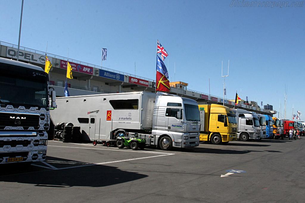 Blue skies throughout the weekend    - 2006 Le Mans Series Nurburgring 1000 km