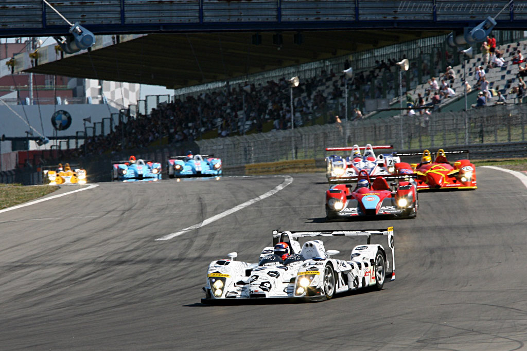 Lammers leading the LMP2 into the first corner - Chassis: S101-05 - Entrant: Racing for Holland  - 2006 Le Mans Series Nurburgring 1000 km