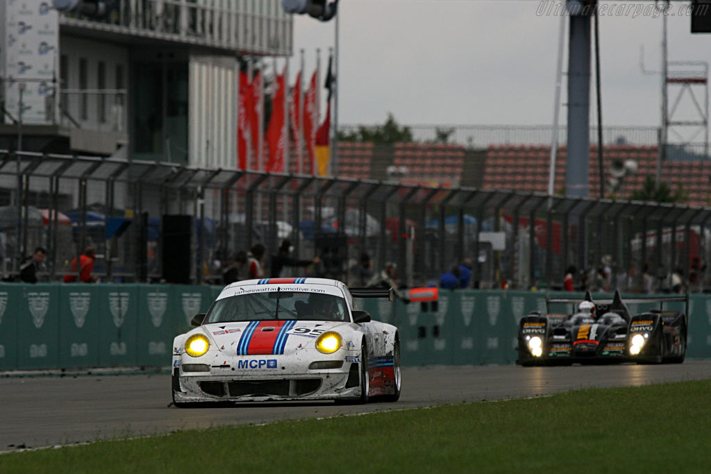 Down the straight - Chassis: WP0ZZZ99Z7S799932 - Entrant: James Watt Automotive  - 2007 Le Mans Series Nurburgring 1000 km