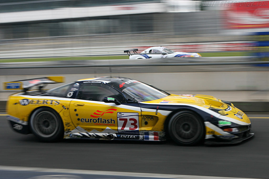 Side by side separated by the pit wall - Chassis: 010 - Entrant: Luc Alphand Adventures  - 2007 Le Mans Series Nurburgring 1000 km