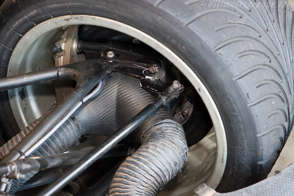 Broke suspension on the Hache Lucchini - Chassis: 165   - 2009 Le Mans Series Nurburgring 1000 km