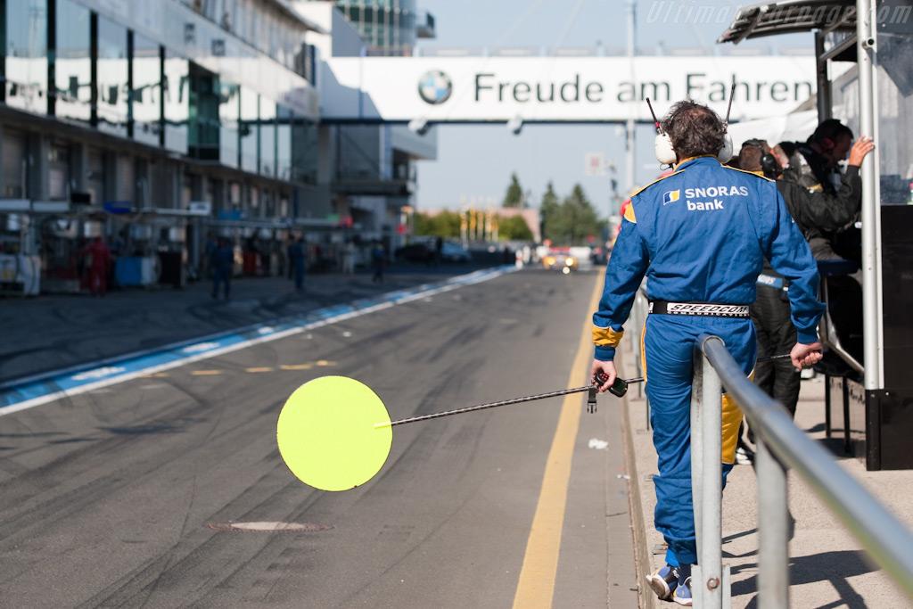 Incoming Spyker    - 2009 Le Mans Series Nurburgring 1000 km