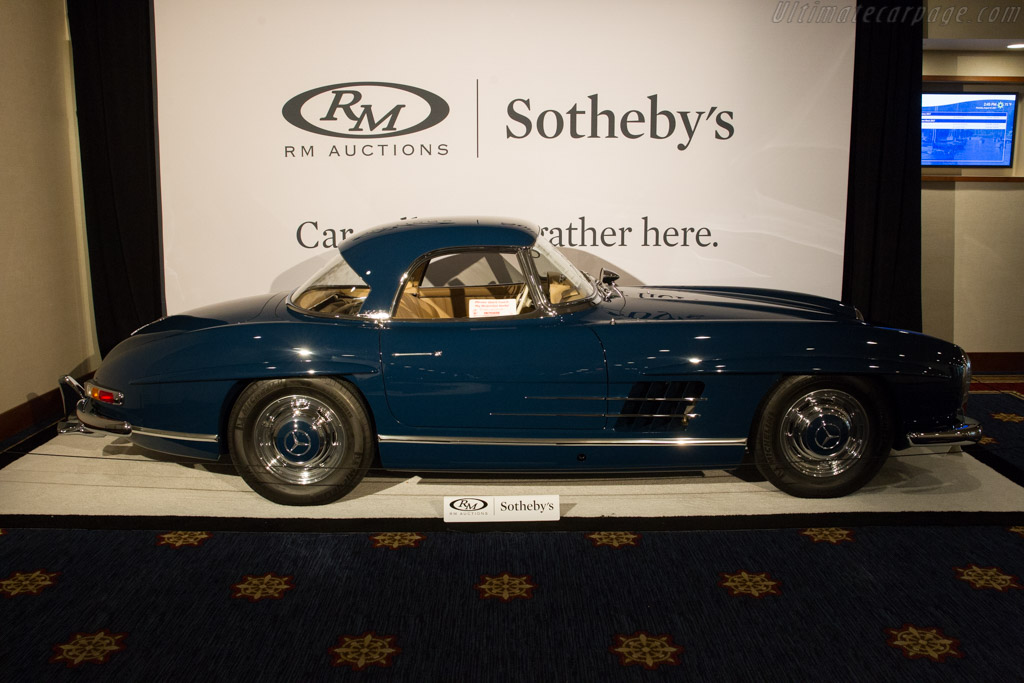 Mercedes-Benz 300 SL Roadster - Chassis: 198.042.10.002607   - 2017 Monterey Auctions