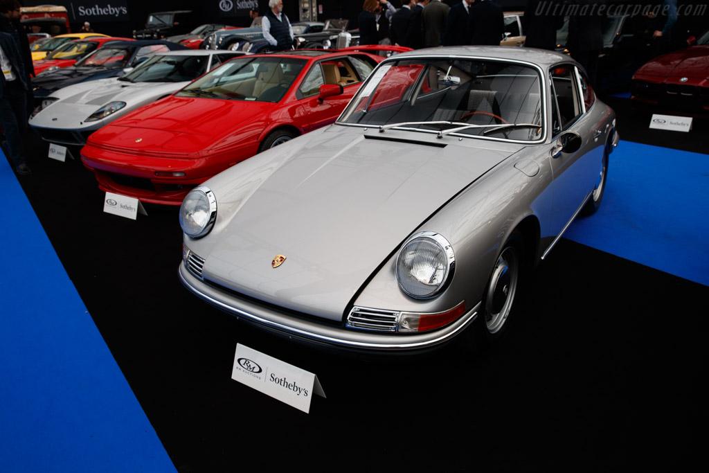 Porsche 911 - Chassis: 301389  - 2019 Retromobile
