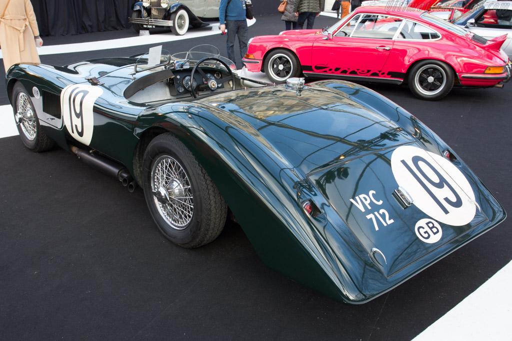 Jaguar C-Type Replica - Chassis: 667255   - 2015 Retromobile