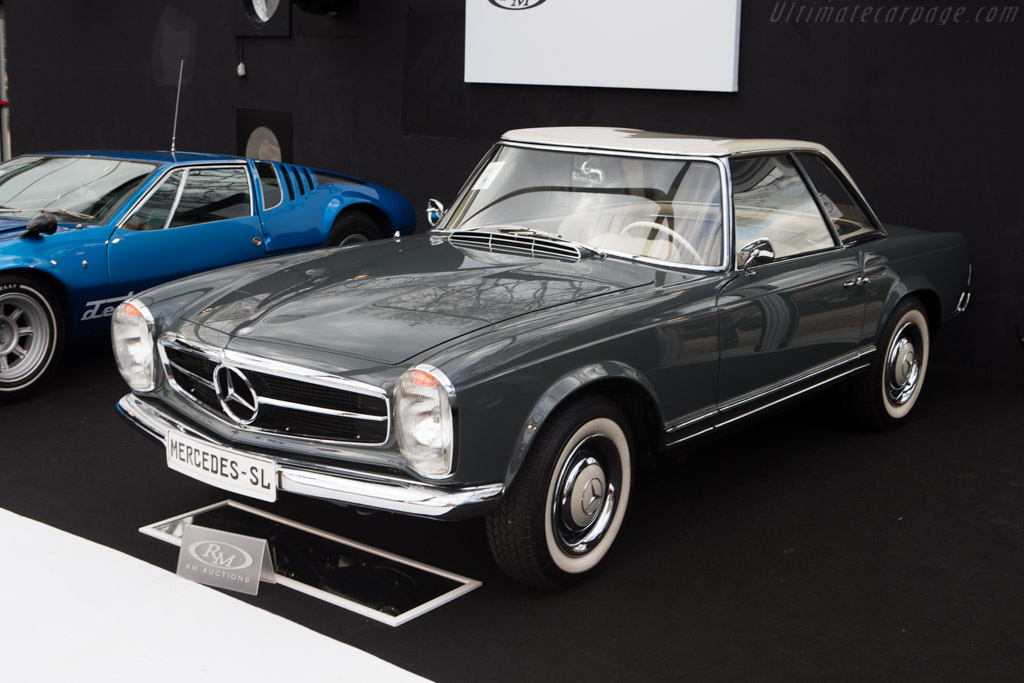 Mercedes-Benz 230 SL - Chassis: 113.042.10.00532   - 2015 Retromobile
