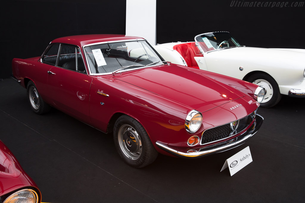 Abarth 2200 Coupe - Chassis: 112 044528   - 2016 Retromobile