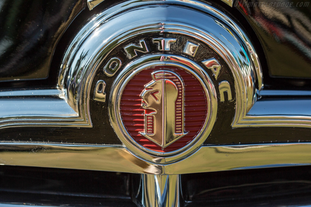 Pontiac Streamliner Deluxe