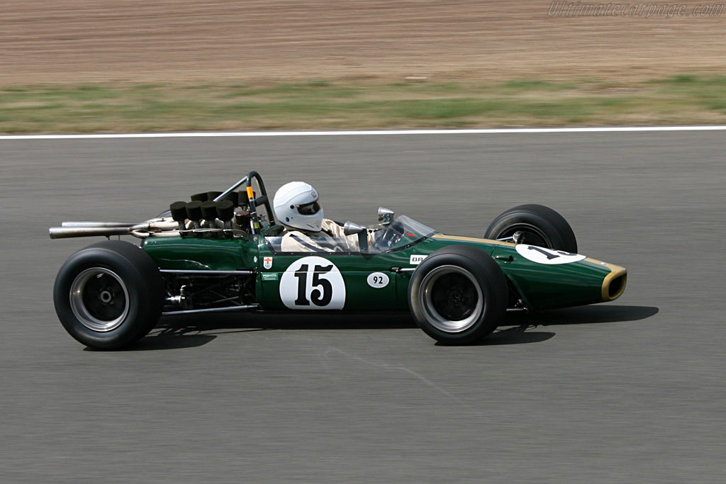 Brabham BT24 - Chassis: BT24-1   - 2006 Silverstone Classic