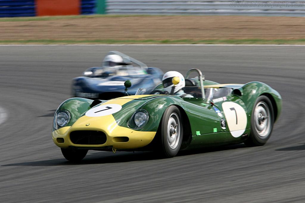 Lister Jaguar Knobbly    - 2006 Silverstone Classic