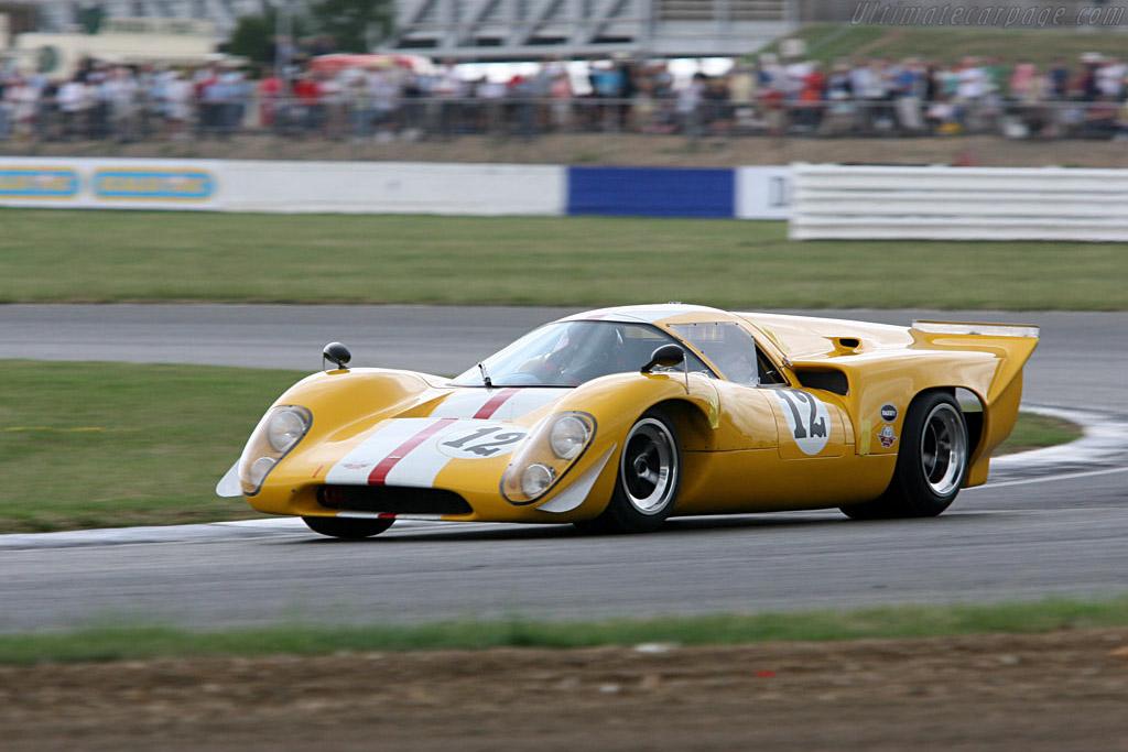 Lola T70 Mk IIIB    - 2006 Silverstone Classic