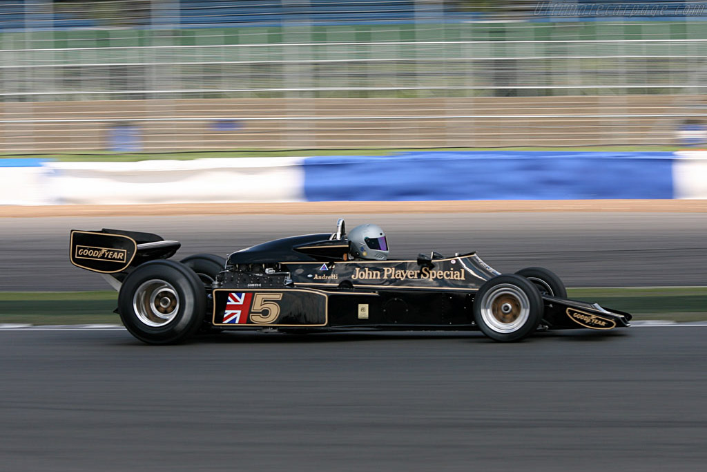 Lotus 77 - Chassis: JPS14   - 2006 Silverstone Classic