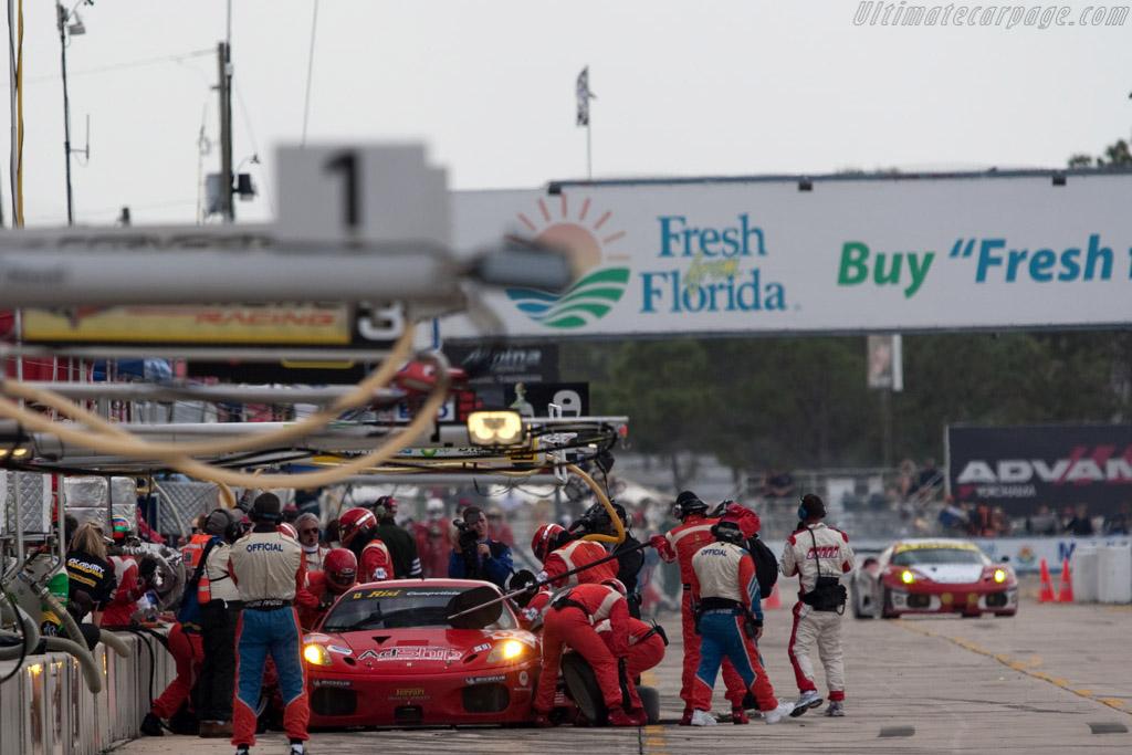 Ferrari F430 GTC - Chassis: 2606 - Entrant: Risi Competizione - Driver: Risi Competizione / Jamie Melo, Mika Salo / Pierre Kaffer  - 2009 Sebring 12 Hours