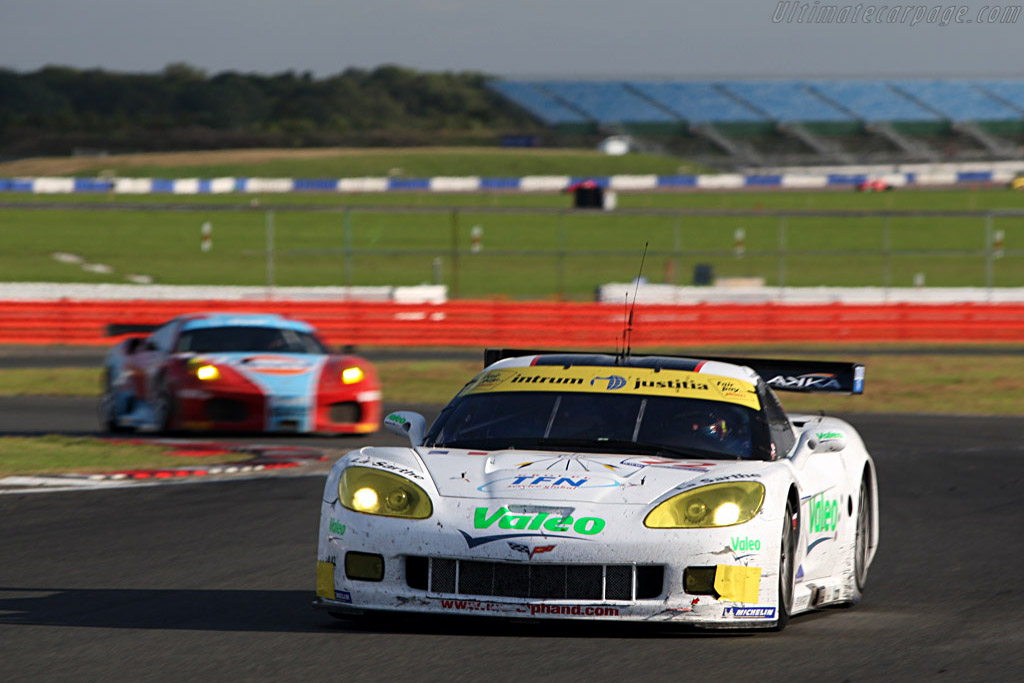 Battered 'Vette - Chassis: 004 - Entrant: Luc Alphand Adventures  - 2007 Le Mans Series Silverstone 1000 km