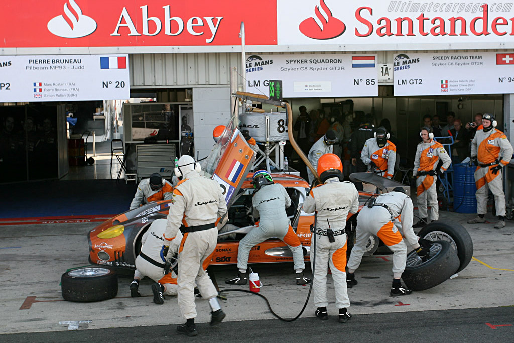 New fuel, tires and driver - Chassis: XL9GB11H150363098 - Entrant: Spyker Squadron  - 2007 Le Mans Series Silverstone 1000 km