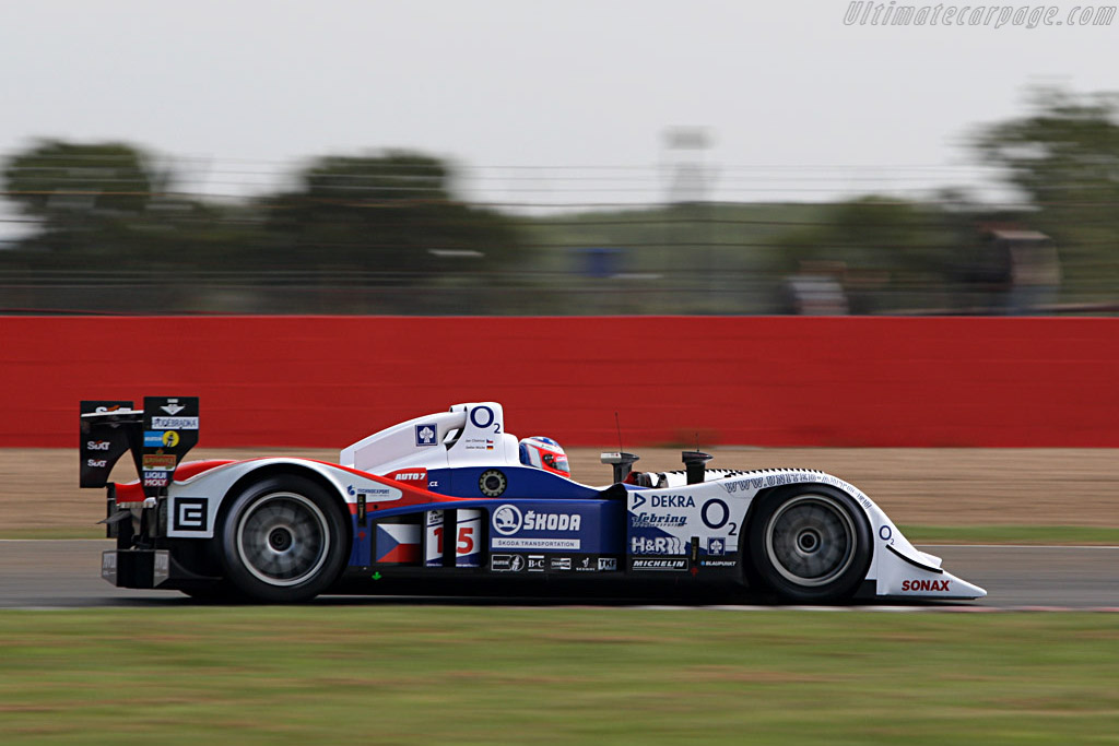 Unfortunate late retirement for the Lola - Chassis: B0610-HU03 - Entrant: Charouz Racing System  - 2007 Le Mans Series Silverstone 1000 km