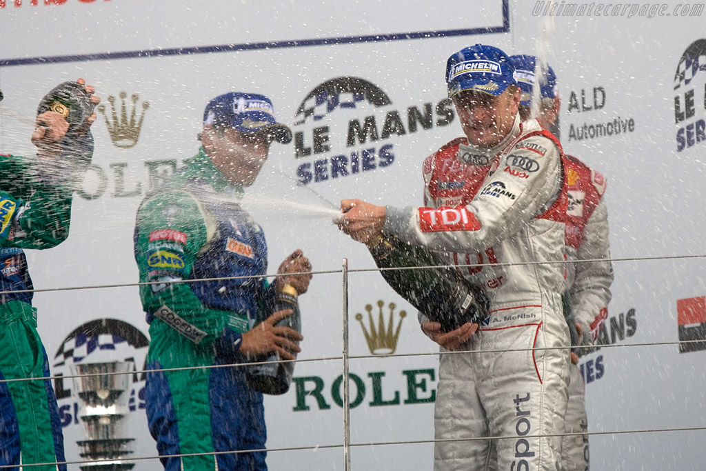 Champagne!    - 2008 Le Mans Series Silverstone 1000 km