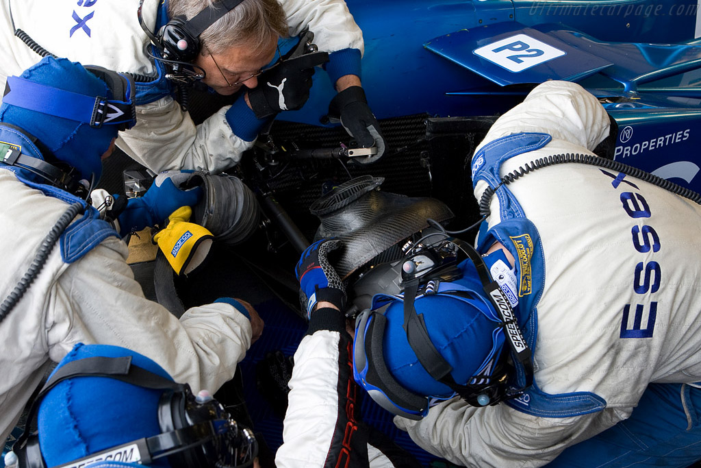 Emergency repairs cost Essex Porsche valuable time - Chassis: 9R6 709   - 2008 Le Mans Series Silverstone 1000 km
