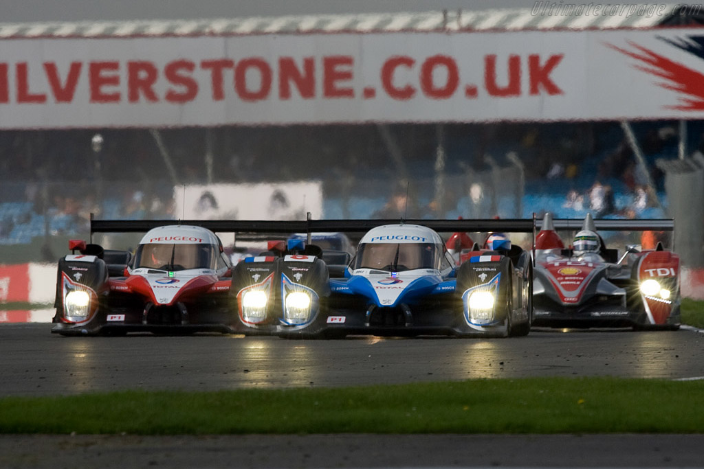 Off they go - Chassis: 908-03   - 2008 Le Mans Series Silverstone 1000 km