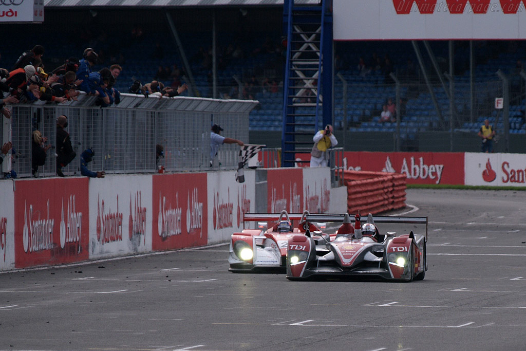 Taking the flag - Chassis: 201   - 2008 Le Mans Series Silverstone 1000 km