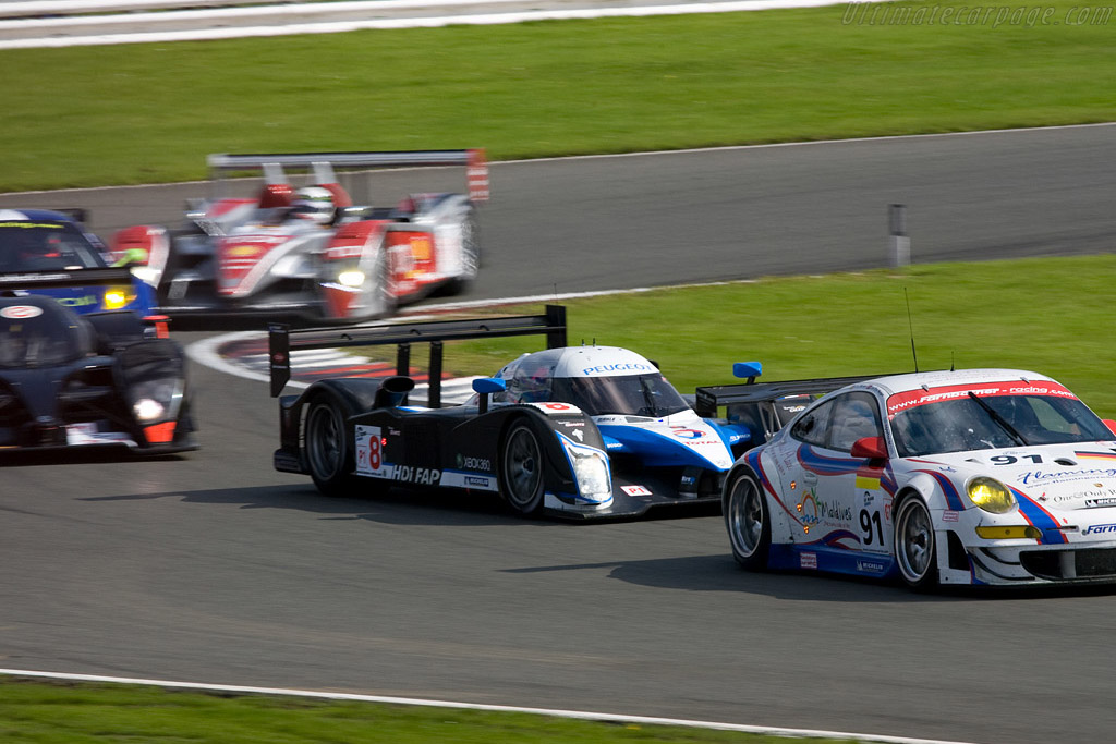 The fight for the lead - Chassis: 908-03   - 2008 Le Mans Series Silverstone 1000 km