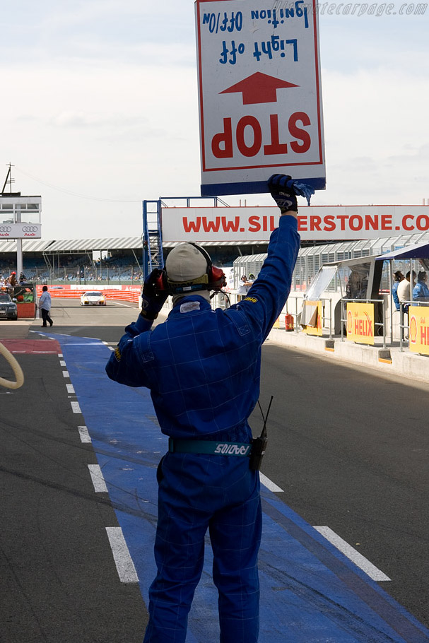 The homing device    - 2008 Le Mans Series Silverstone 1000 km