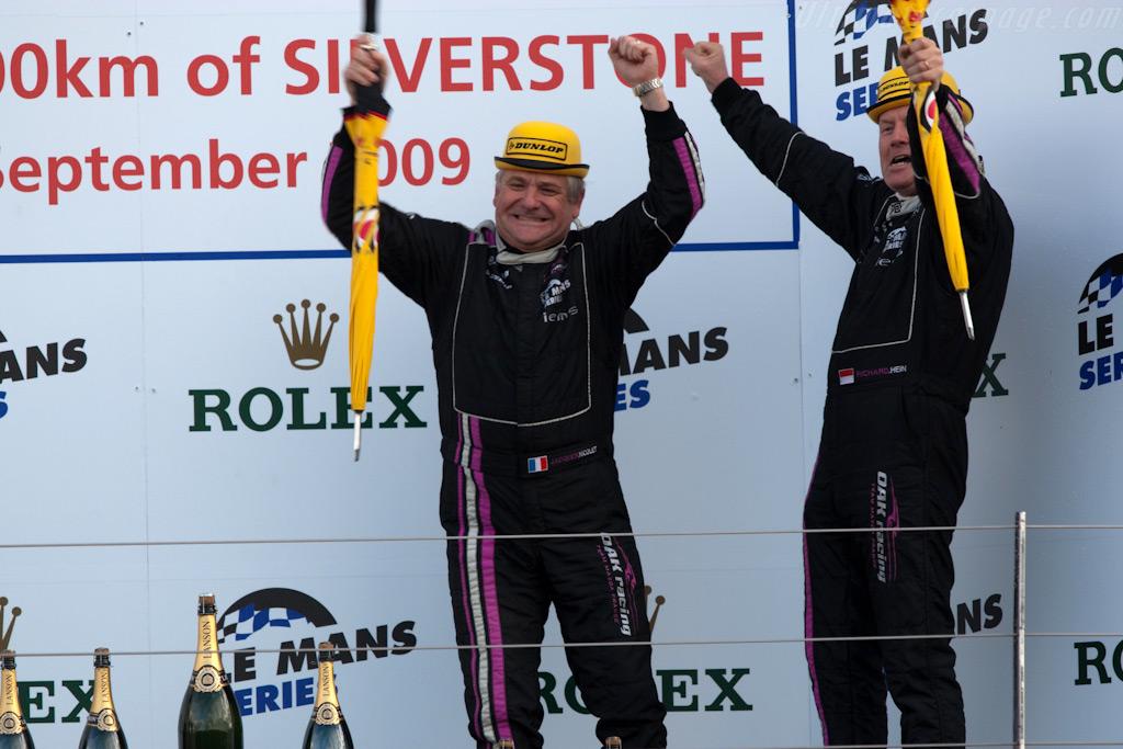 Appropriate attire for the Oak Racing men    - 2009 Le Mans Series Silverstone 1000 km